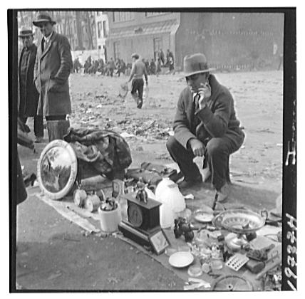 NYC Junk Market Grea#B6DB59