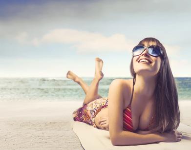 Sunbathing_© olly - Fotolia.com