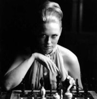 Thomas-crown-affair-Faye-Dunaway-chess-scene