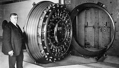 BankVaultLarge_Diebold-c-453x260