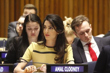 Amal_Clooney_02